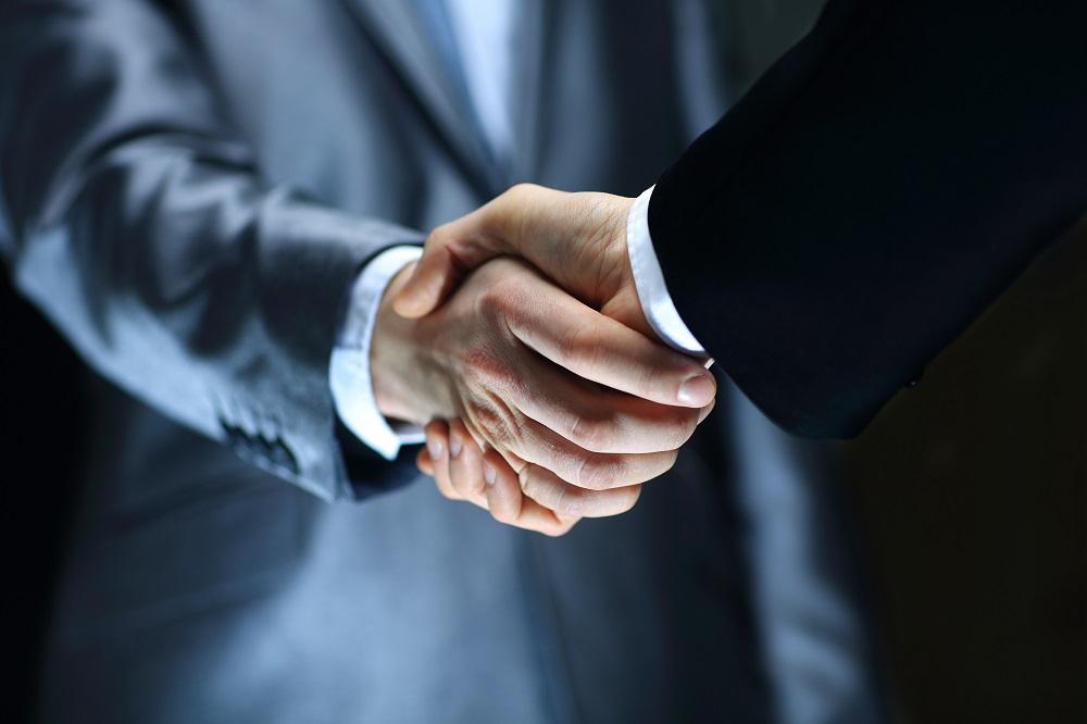 Afacerile de pe Necesit.ro vor putea să-și plătească facturile prin PayPoint