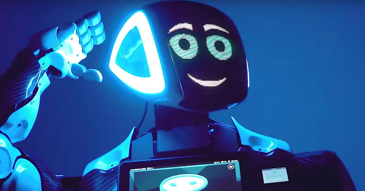 iCEE.fest 2019: un robot va modera discuțiile despre AI și economie