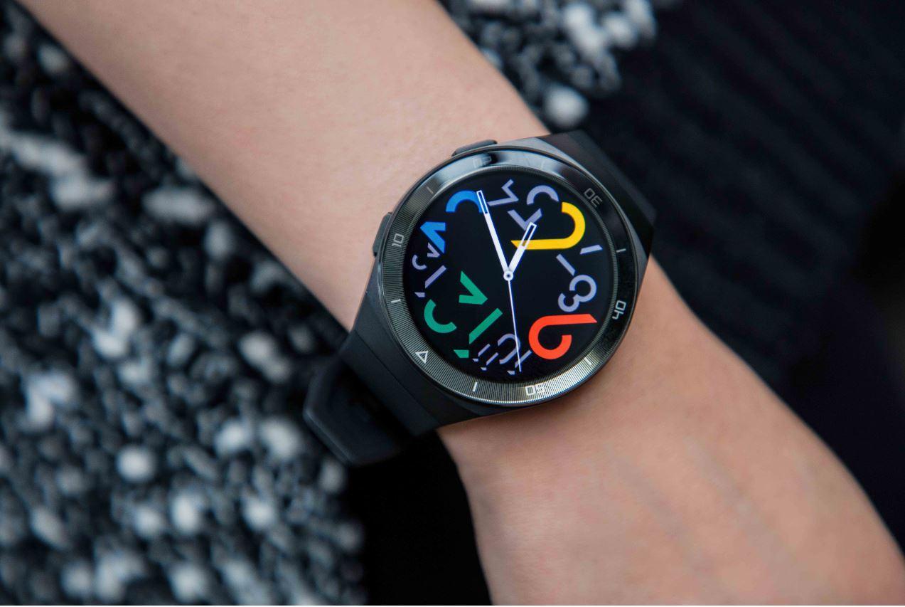 Ofertă specială la Huawei Watch GT 2e la cumpărarea unui Huawei P40 sau P40 Pro