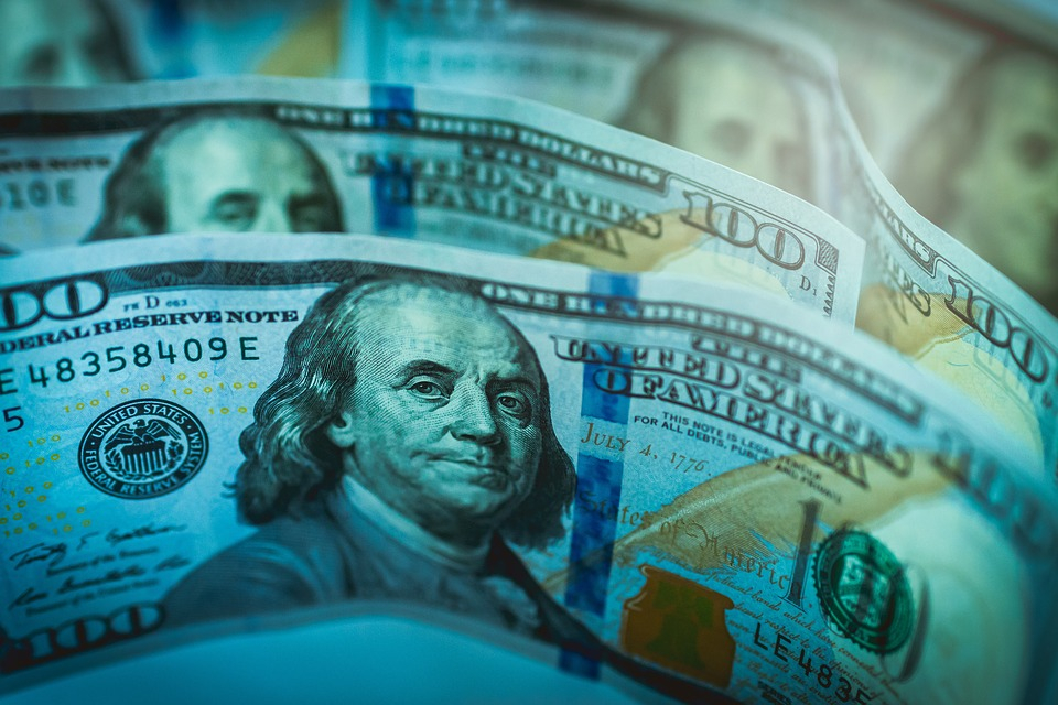 Cum să faci bani ca în Silicon Valley lucrând de acasă
