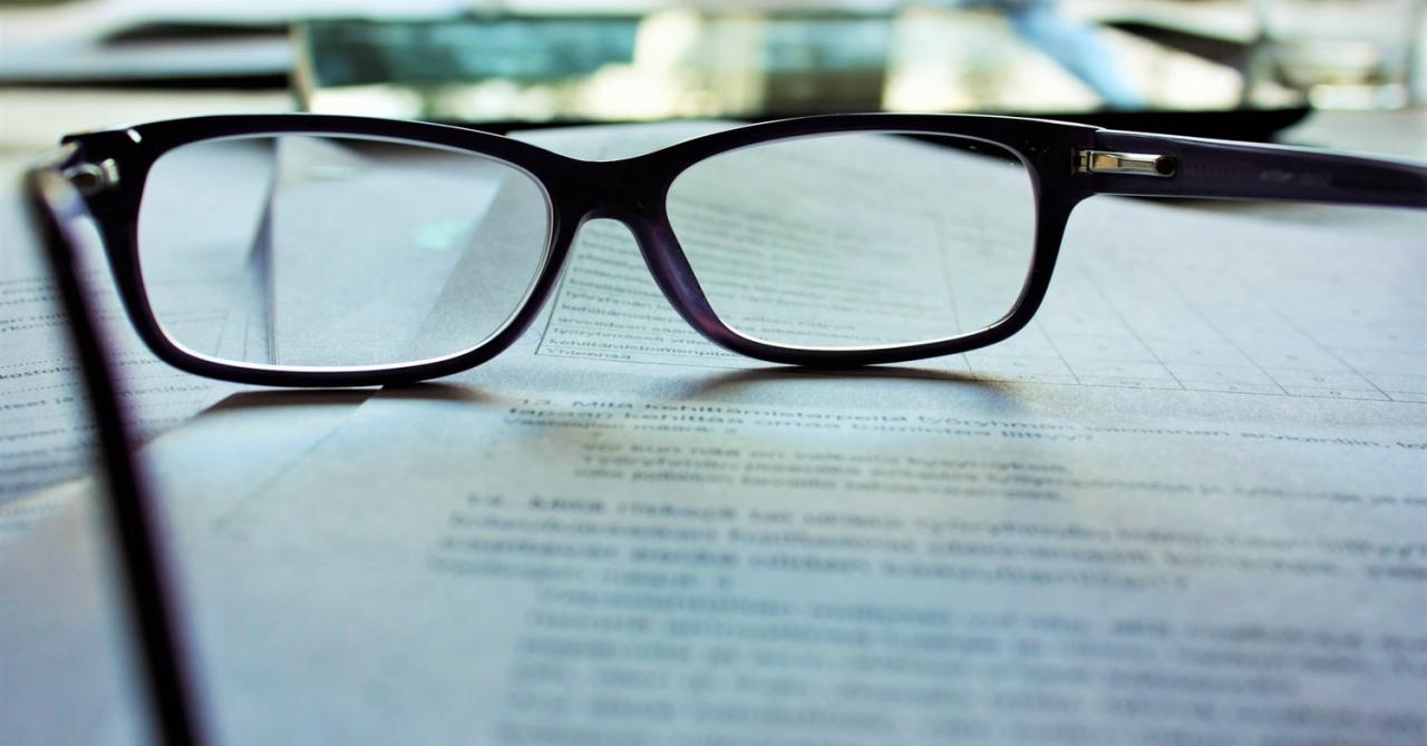 Ce este un contract și câte tipuri de contracte există?