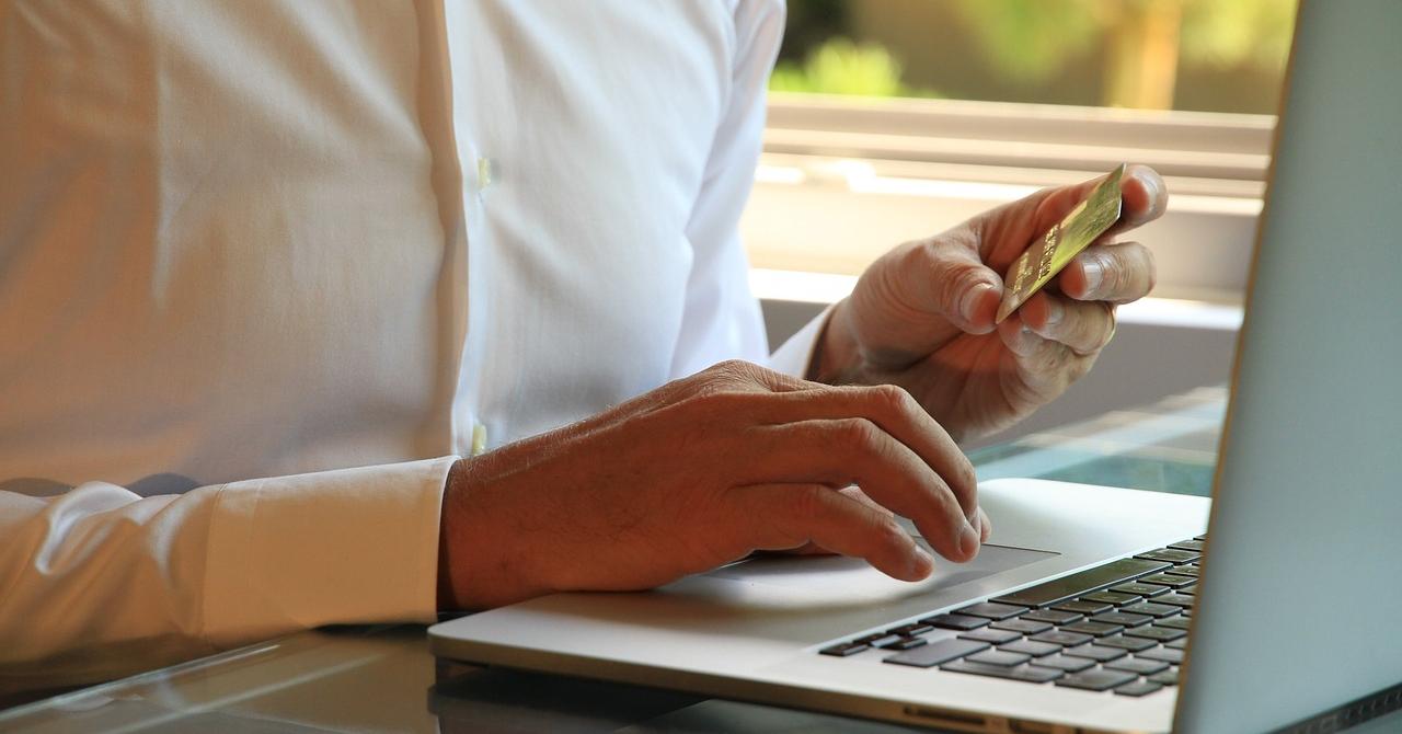 Strategii de marketing pentru magazinele online de sărbători