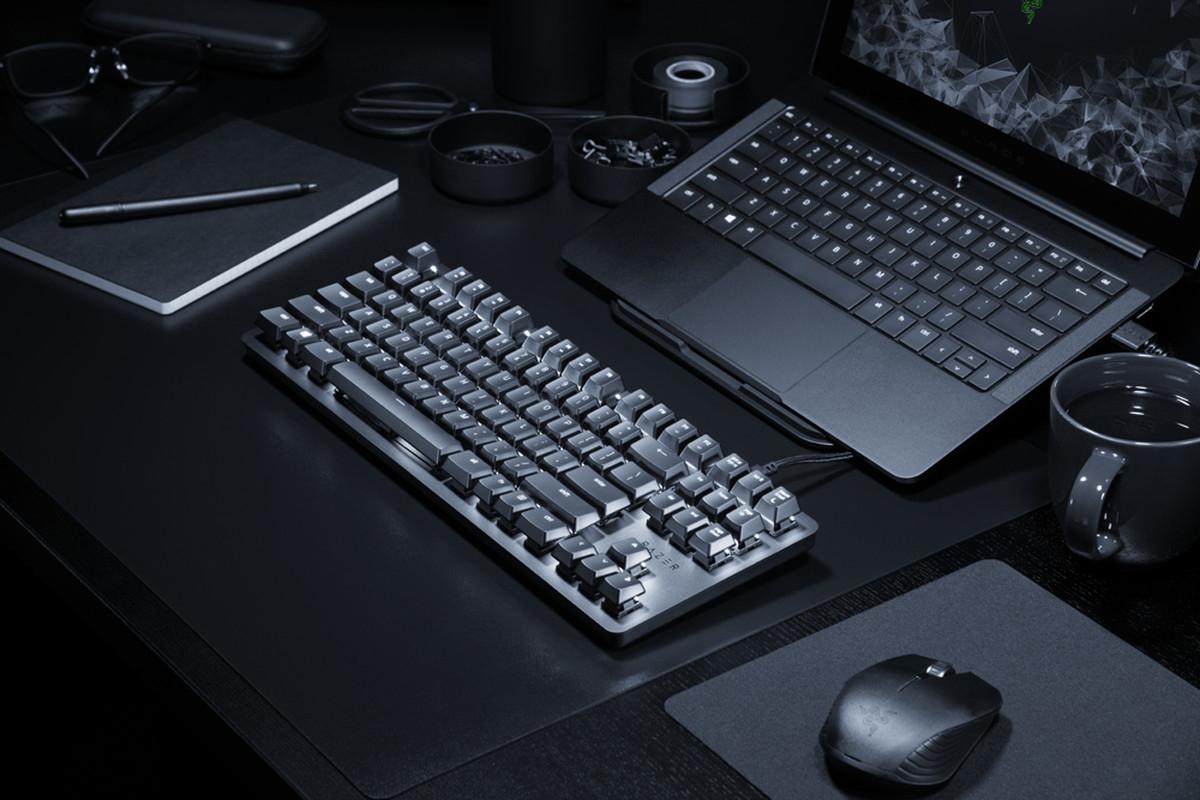Razer Blackwidow Lite e o tastatură mecanică pentru munca de birou