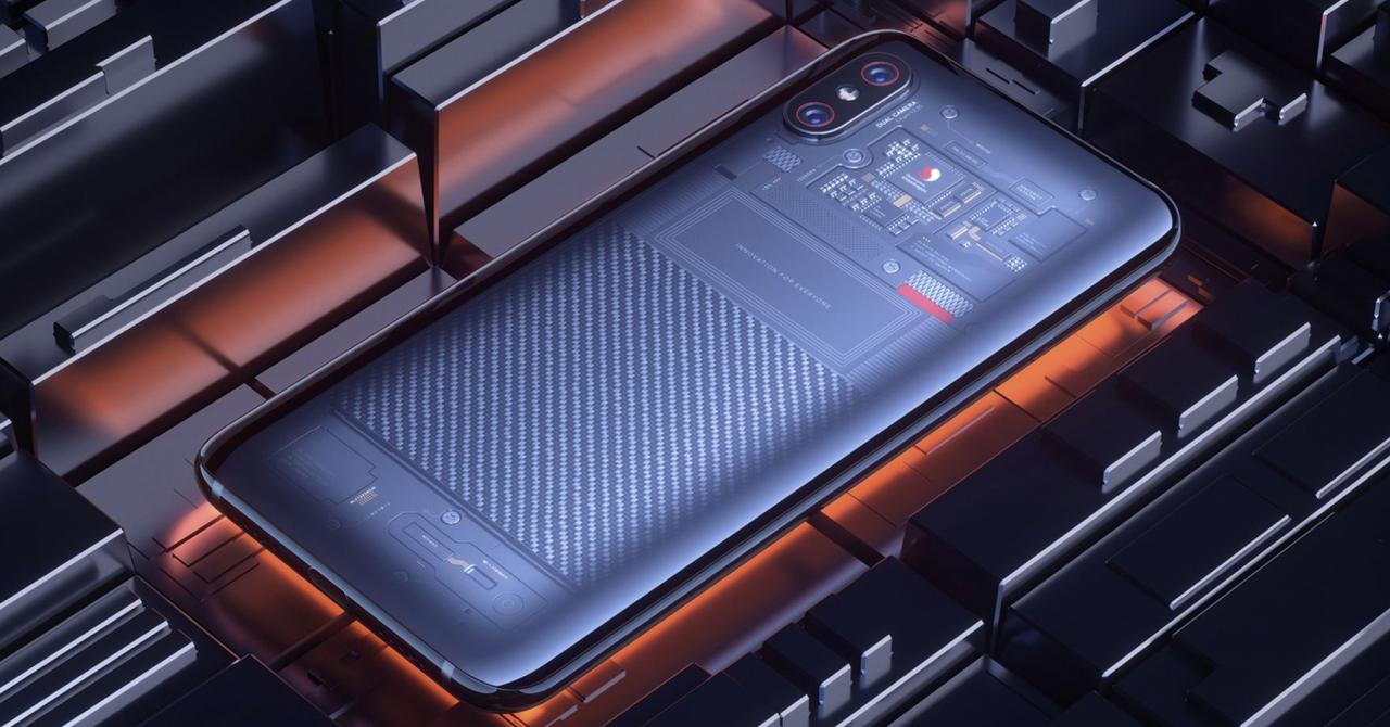 Xiaomi Mi8 - răspunsul chinezilor are breton și un capac translucid