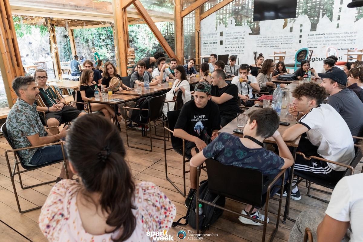 Festival de educație antreprenorială pentru liceeni în București