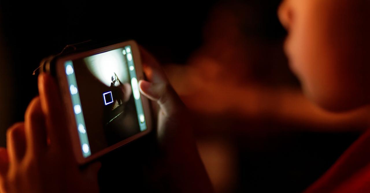 #DoneazaConteaza: cum poți dona device-uri pentru copii ca să facă școala online