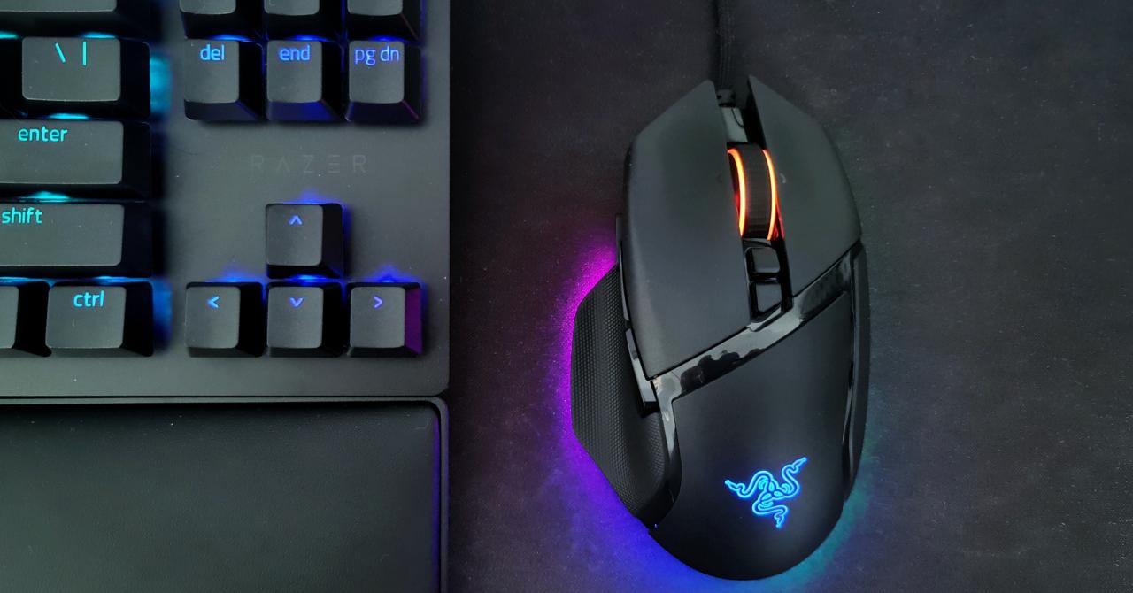 """Razer Basilisk V3 - un mouse pentru gameri, dar și pentru """"vrăjitorii"""" de Excel"""