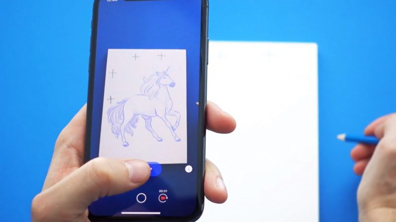 """Sketch AR: cum să treci de la """"desenatul pe geam"""" la unul profi"""