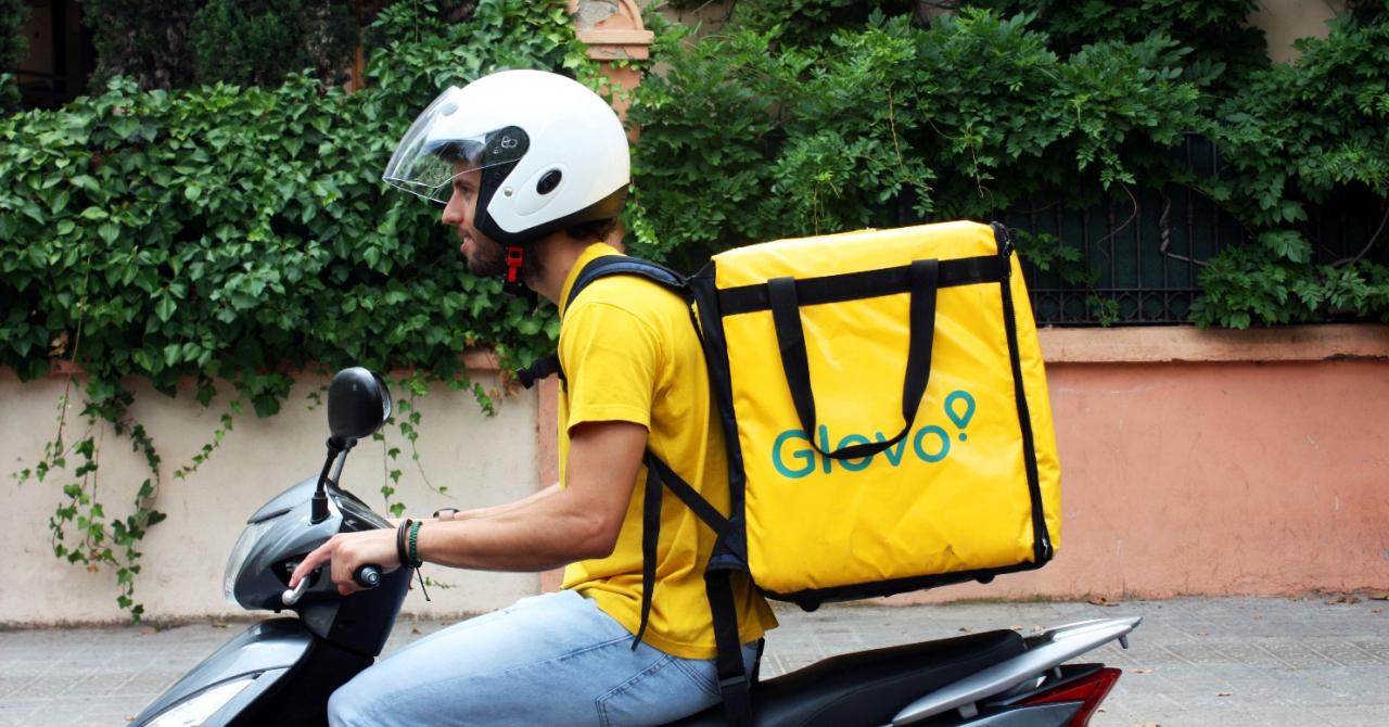 Glovo achiziționează companiile de livrare Lola Market și Mercadão