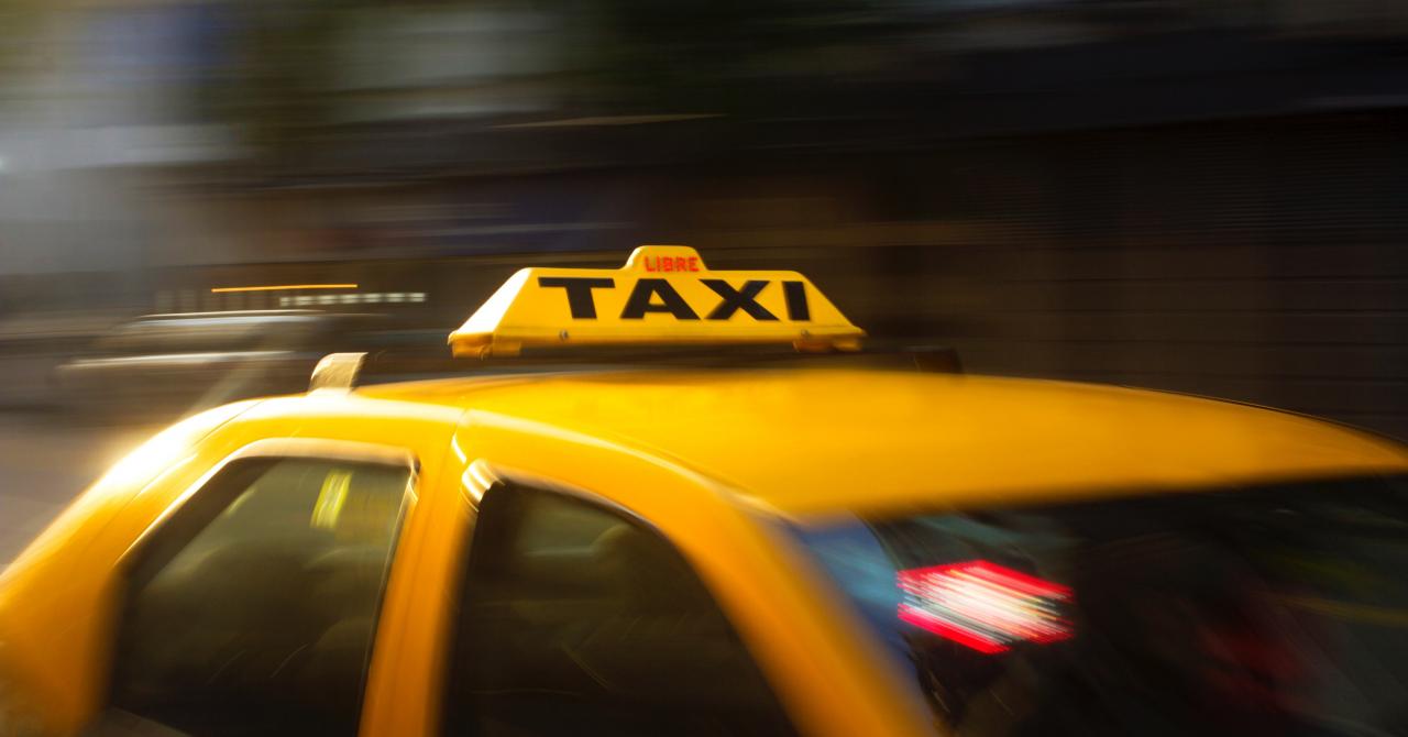 Problemă gravă pentru Meridian Taxi: datele clienților, expuse