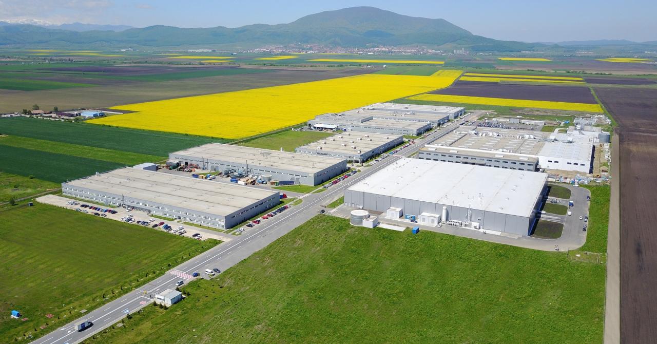 Un business care sună bine: Sennheiser își deschide fabrică în România