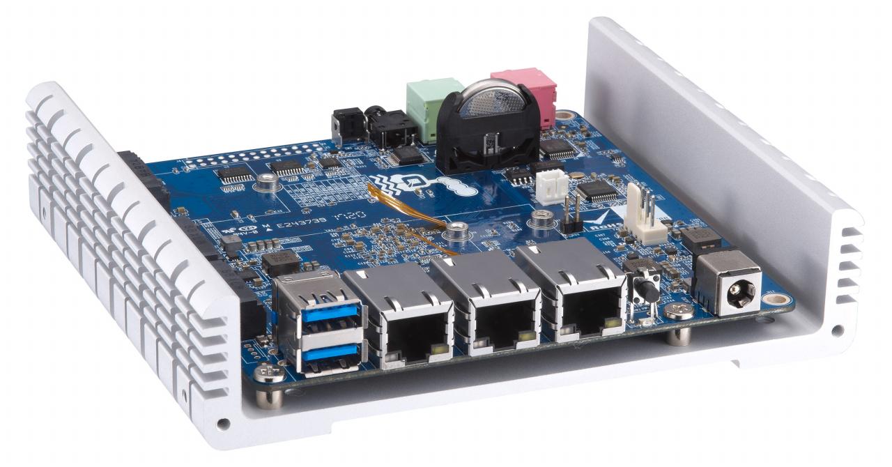 QNAP QBoat Sunny e un mini-server IoT pentru dezvoltatori