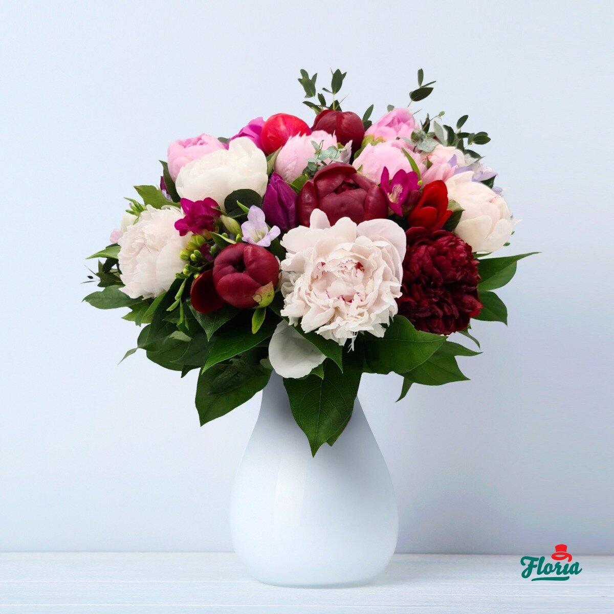 Când ai luat flori ultima dată? Cine sunt clienții florăriilor online