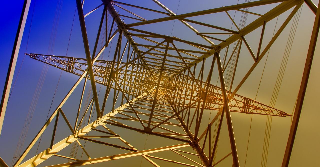 Ringhel, românii care digitalizează industria energiei. Caută investiții