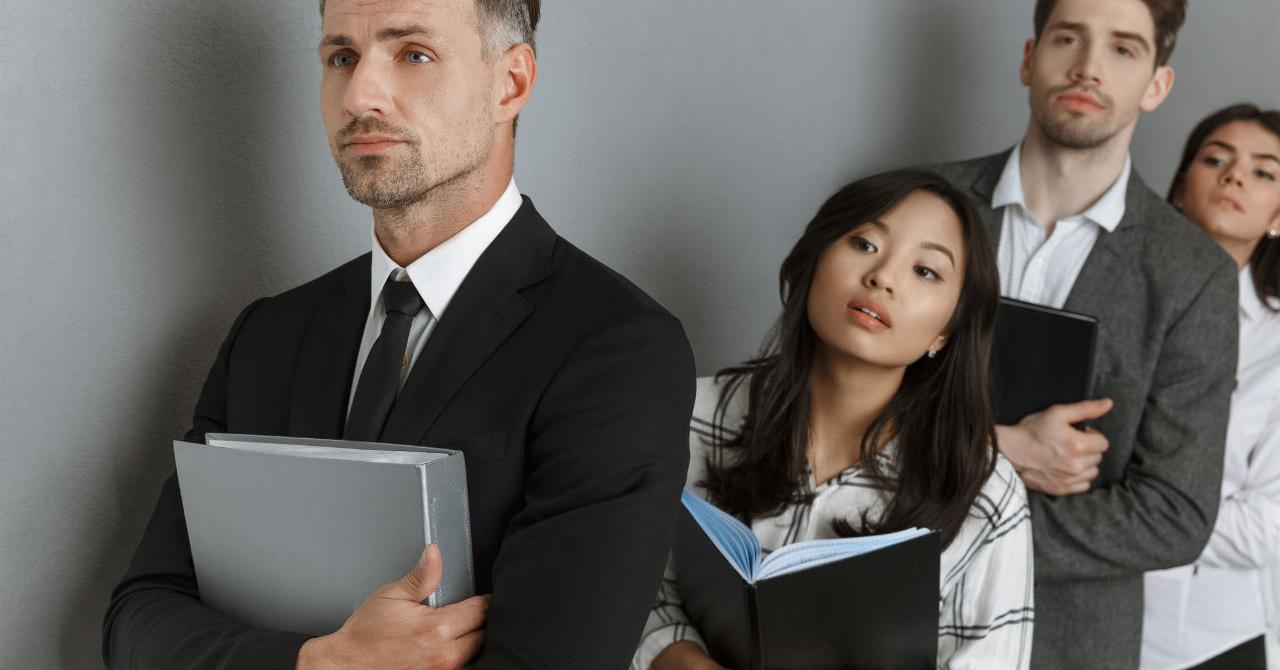 Cinci industrii în care să îți asiguri un job de viitor