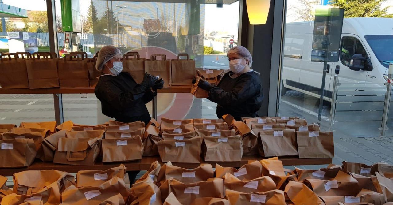 Coronavirus | OMV Petrom și Mastercard, 24.000 de pachete de mâncare la spitale