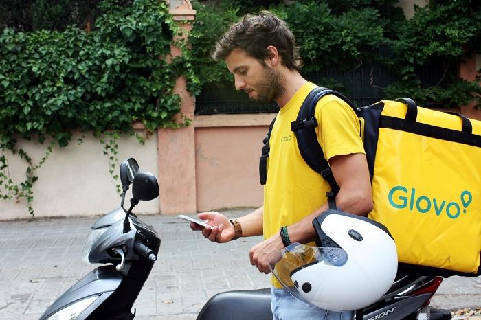 Glovo, aplicația care-ți livrează orice, disponibilă și în România