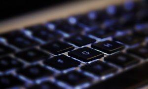 Știrile zilei - 27 octombrie - Growth hacking de la firme românești și cum să construiești botul perfect