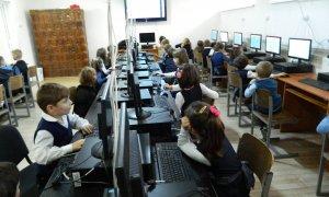 Hour of Code revine în 2016. Programare pentru toată lumea