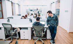 Israelienii deschid cel mai mare incubator de startup-uri din România - Innovations Crossrider