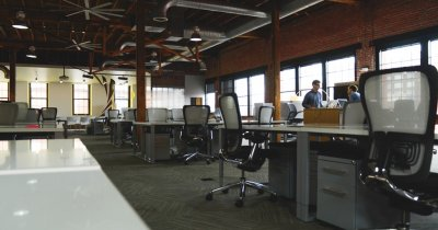 Are startup-ul tău neapărată nevoie de propriul birou? [Știrile Zilei – 10 ianuarie]