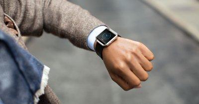 Fitbit cumpără Vector Watch. Istoria companiei americane și achizițiile făcute de-a lungul timpului