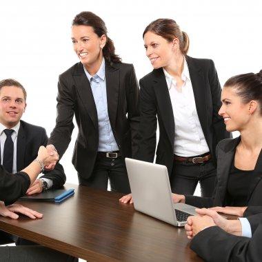 Importanța networking-ului față în față într-o lume digitală