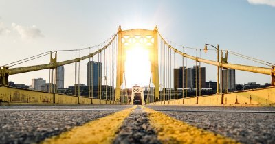 Cum să îți duci startup-ul de la Podul Izvor la podul Golden Gate