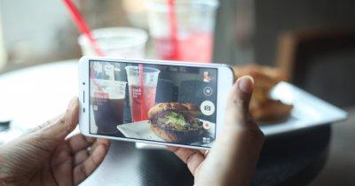 Cu Order Food, Facebook te lasă să comanzi mâncare din aplicație