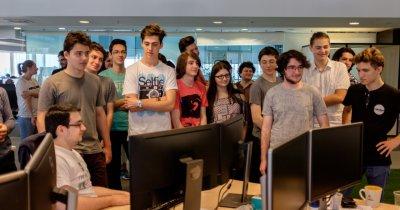 """""""Semizeii"""" de la Vianu: elevii creatori de jocuri care salvează planeta"""