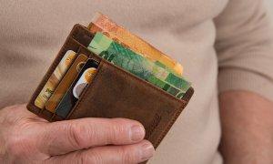 UBER introduce plata cash, sperând că ai să treci la card
