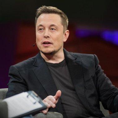 Cinci lucruri pe care le învățăm din biografia lui Elon Musk