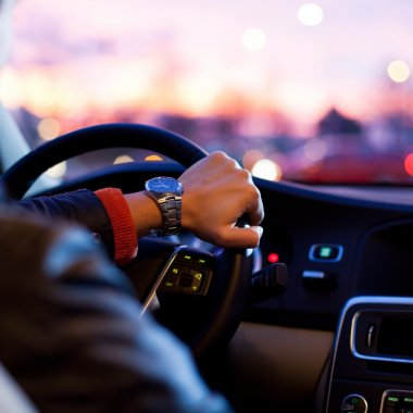 Cum să fii șofer partener Uber: îndreptar pentru începători
