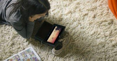 Televizorul se mută în buzunar: 50% din vizionări se vor face pe mobil