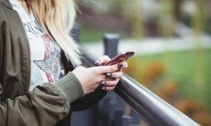 De ce să nu cauți iubire pe net; cum consumăm video - Tech Report