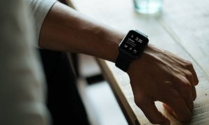 Cum să vorbești cu prietenii de pe smartwatch