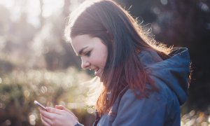 Smartphone-uri noi de la HTC, Hololens ajunge în România - Tech Report