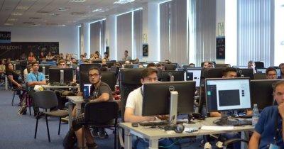 Școala gratuită de programare ACADEMY+PLUS, oficial în București
