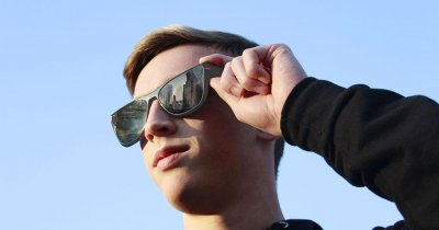 Ace Eyewear, ochelari pentru live-uri pe Facebook și YouTube
