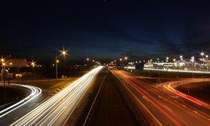 Mercedes și Bosch vor testa taxiuri complet autonome