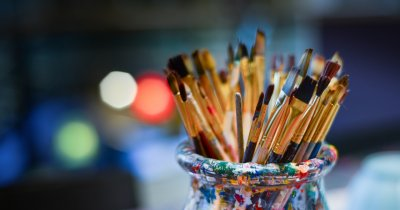 Creative START – bani și cursuri pentru IMM-uri din industrii creative
