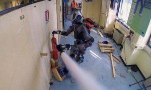 Până să vină apocalipsa roboților, aceștia ne salvează din incendii