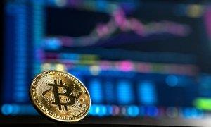 Firma care te plătește bitcoin să faci treabă, cumpărată de Coinbase