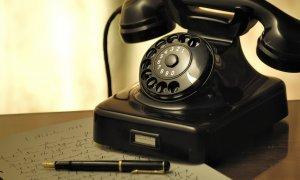 Vishing – phishing la telefon cu informații pe care le faci publice