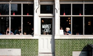 Muncă de acasă sau cafenea - cum preferă angajații și angajatorii?