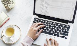Trei modele de mailuri care te pot ajuta să strângi milioane