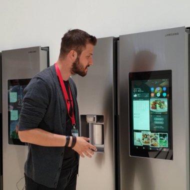 IFA 2018 - Cum arată și ce poate face un frigider cu asistent personal