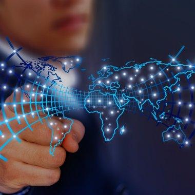 Peste 2.000 de experți europeni pe AI vor să concureze cu SUA și China