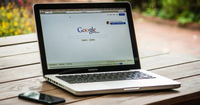 Cursuri de programare și hub-uri Google pentru studenții români