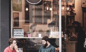 Okfea: cafea premium la prețuri de to go. Posibilitate de franciză